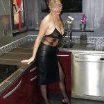 Femme mature libertine Blainville uniquement pour jeune de moins de 30 ans